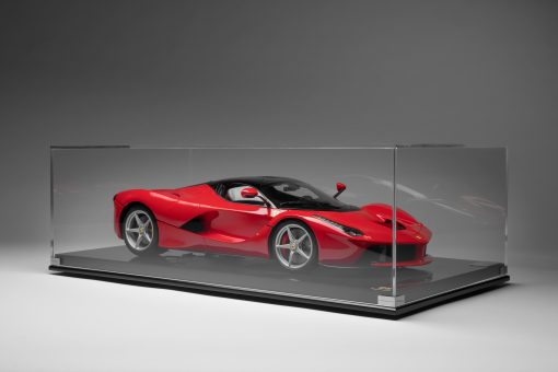 FERRARI LAFERRARI 2013 1 8 SCALE luxury box scaled