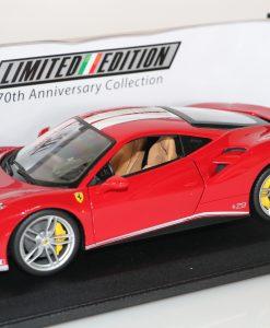 Bburago 118 Ferrari 488 GTB 70th anniversary Collection 3